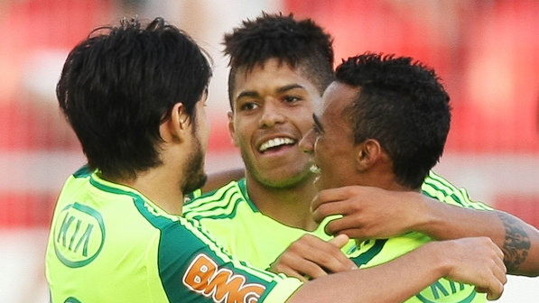 esporte-futebol-campeonato-paulista-palmeiras-ponte-preta-20130407-01-size-598