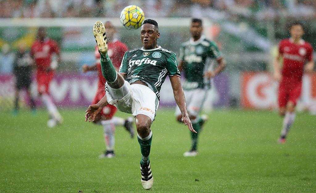 Palmeiras v Internacional - Brasileirao Series A 2016